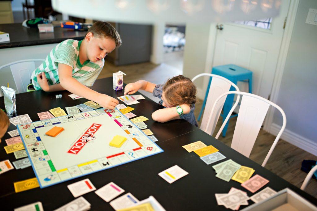 enfant-monopoly